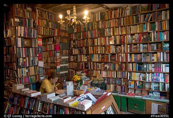 Shakespeare and Company, Revisited - Isak