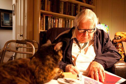 Ray_bradbury_and_cat